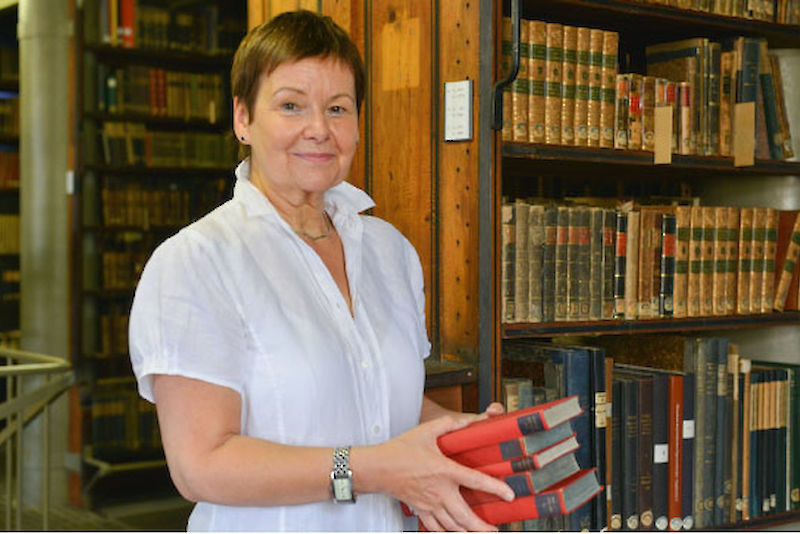 Project director Christine Eichhorn-Berndt checked 1.7 million volumes at the ULB (university and state library). Of those, 57,000 volumes were ultimately returned to their rightful owners.