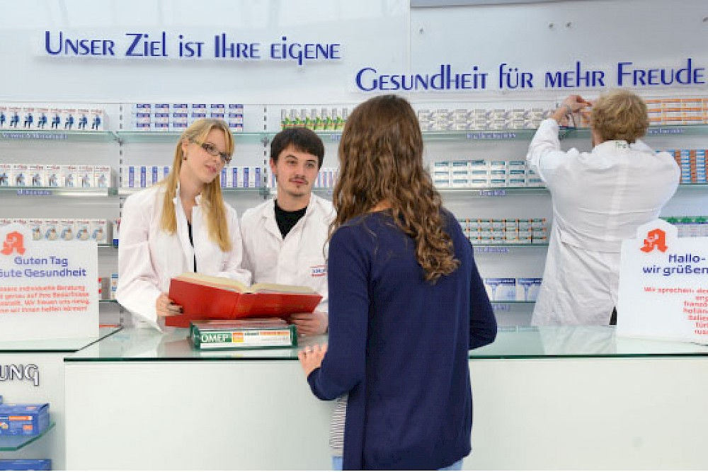 In the new teaching pharmacy, students practice every-day situations that can arise in a chemist's shop