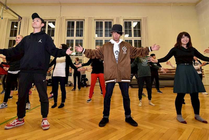 Students from Fukushima University at a hip-hop class at the University Sports Centre in Halle